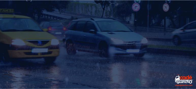Dirigir na chuva com segurança