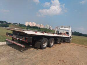 Guincho Plataforma de Pesados Ford 2422